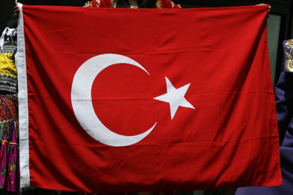Fahne Türkei Foto: Quinn Dombrowski (CC BY-SA 2.0)